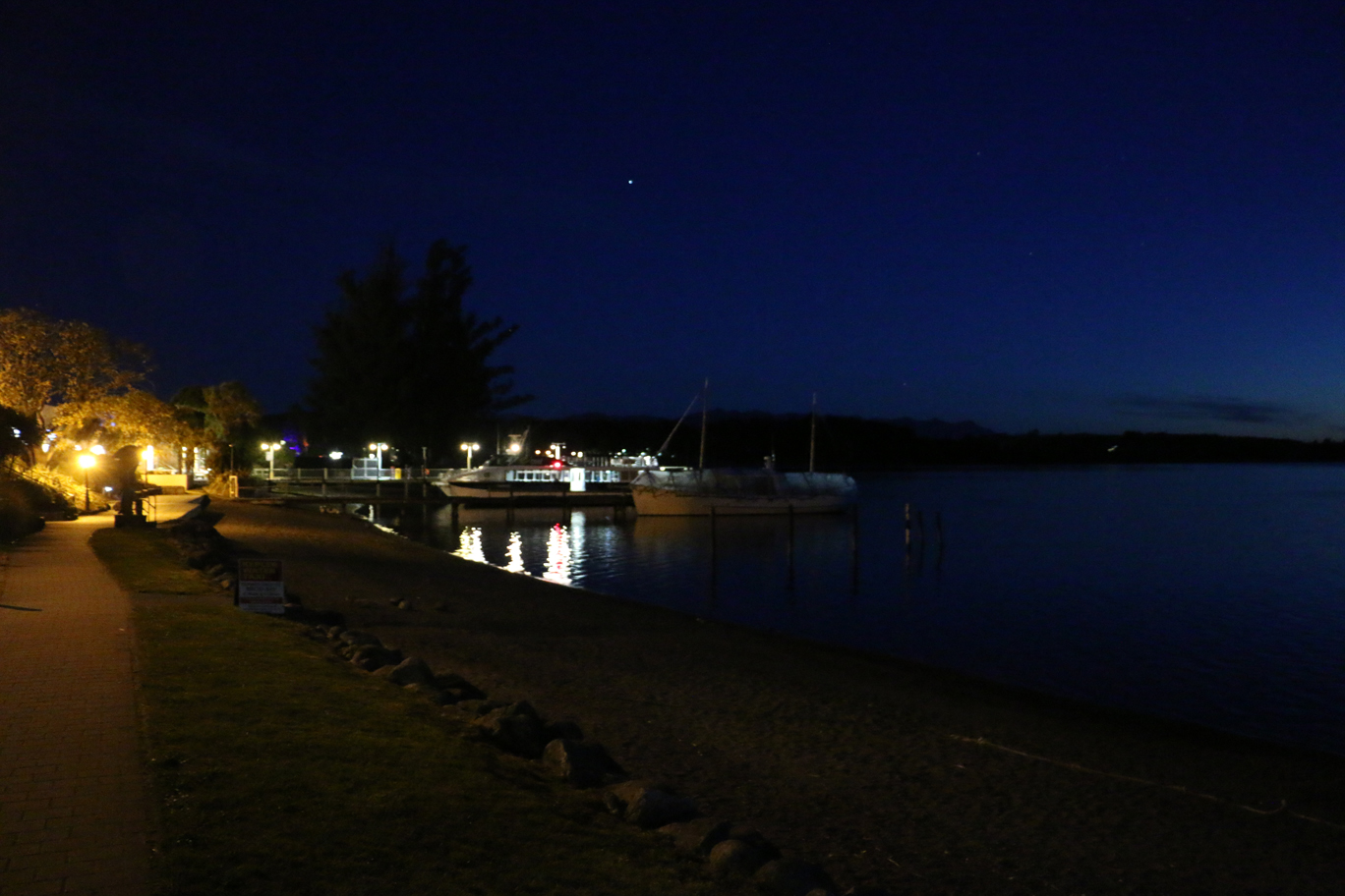 Te Anau by night...