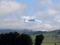 Montagnes dans les nuages.